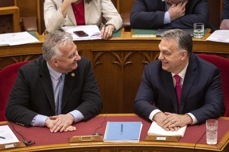 Orbán Viktor Afrikába utazik