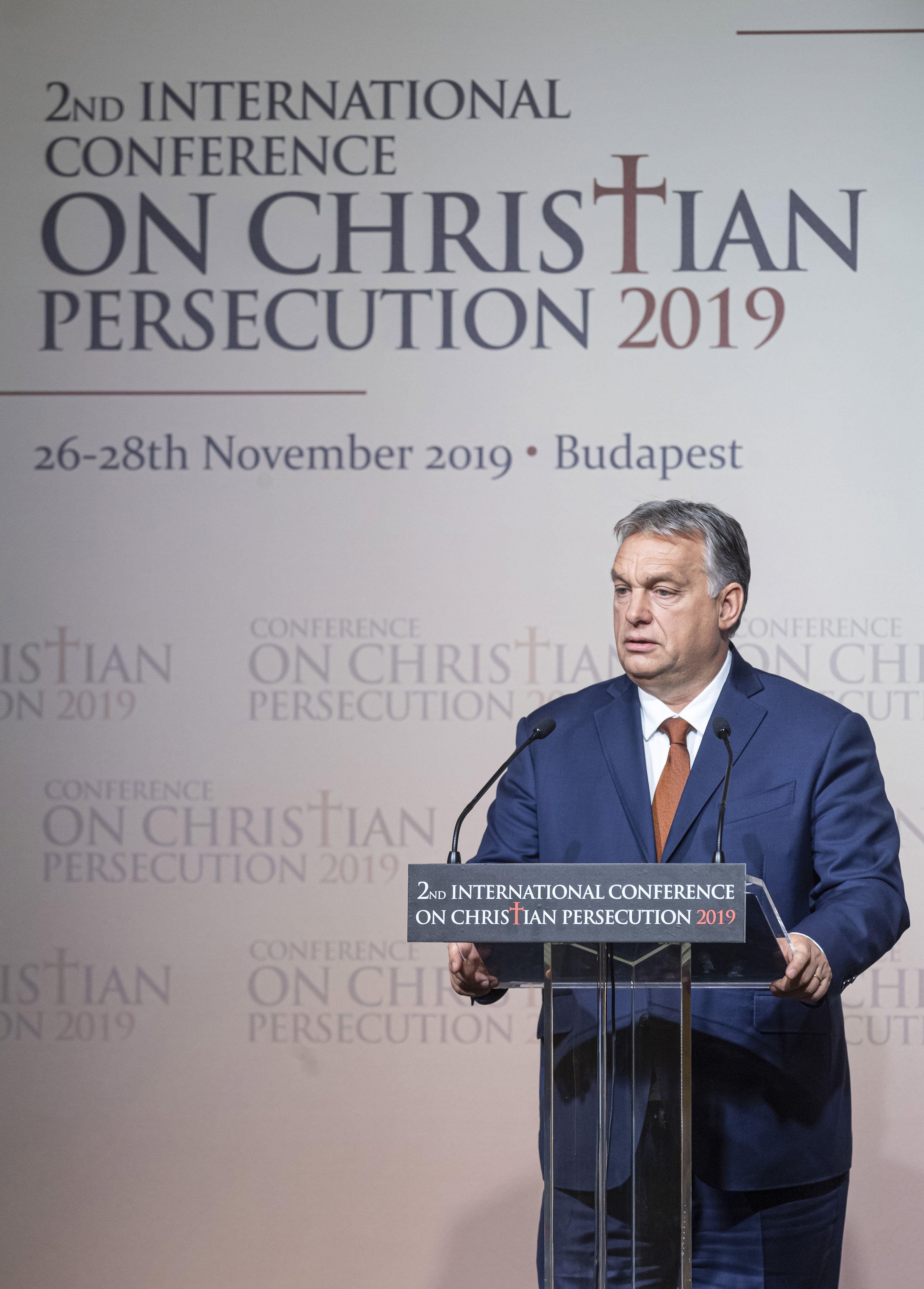 """Orbán: """"indulat, dölyf és gyűlölség nélkül, lélekben alázatosan, szelíden kell uralkodnod"""""""