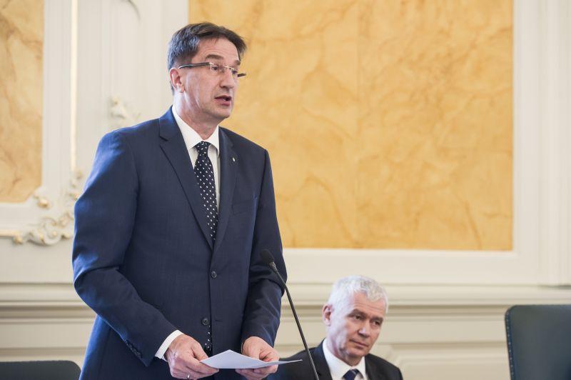 Völner Pál: Magyarország nem lesz a migránsbiznisz áldozata