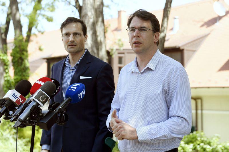 """Jobbik szerint újraindulhat a """"letelepedési biznisz"""""""