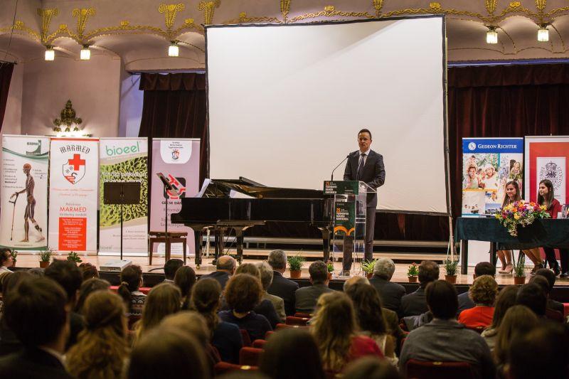 A román kormánypárt elnöke újabb ígéretet tett a marosvásárhelyi iskolaügy rendezésére
