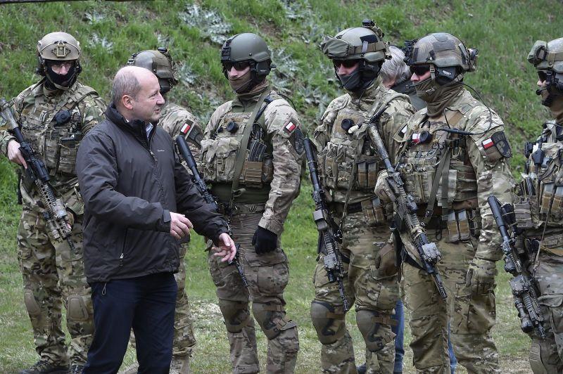"""ATV: újabb miniszter távozik a kormányból – egy """"tábornok"""" lehet az utódja"""