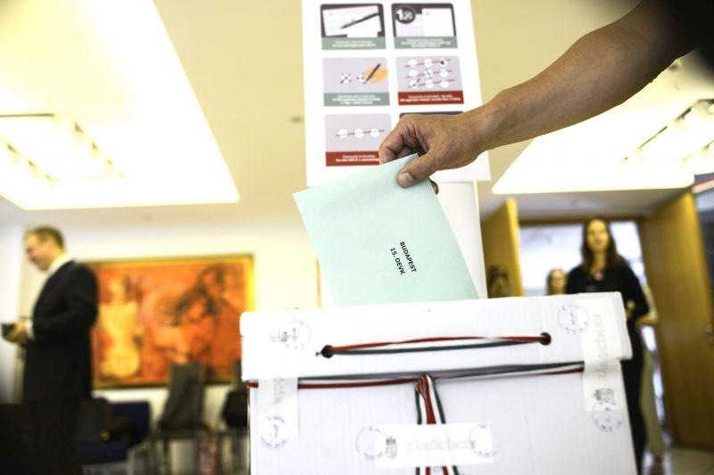 Harminchat külképviseleten már befejeződött a szavazás