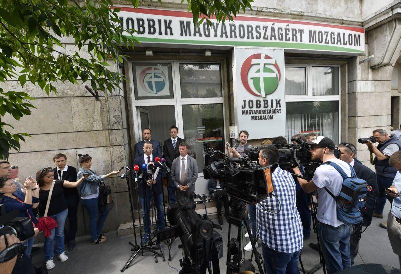 Nem enged a Jobbik Toroczkainak – az alapszabály nem teszi lehetővé platform létrehozását