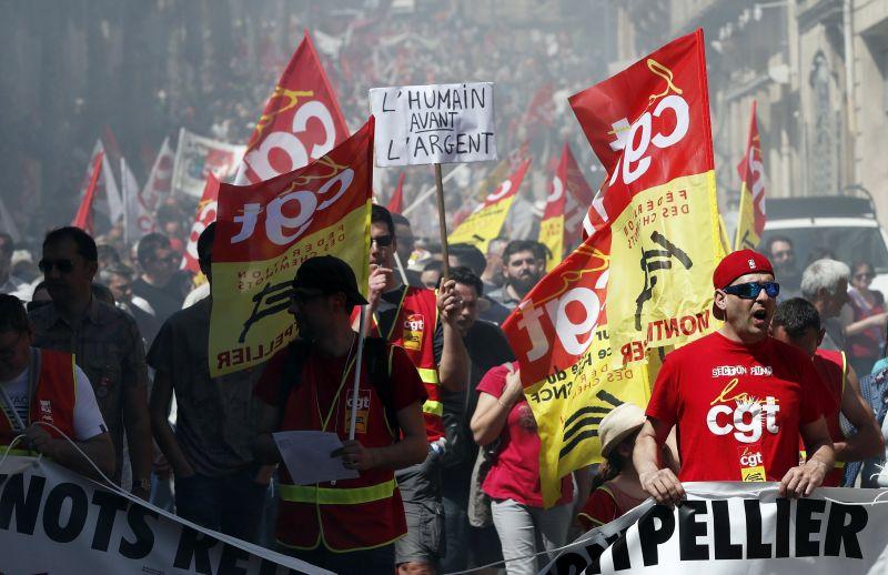 Több mint 130 városban tüntettek a kormány ellen Franciaországban