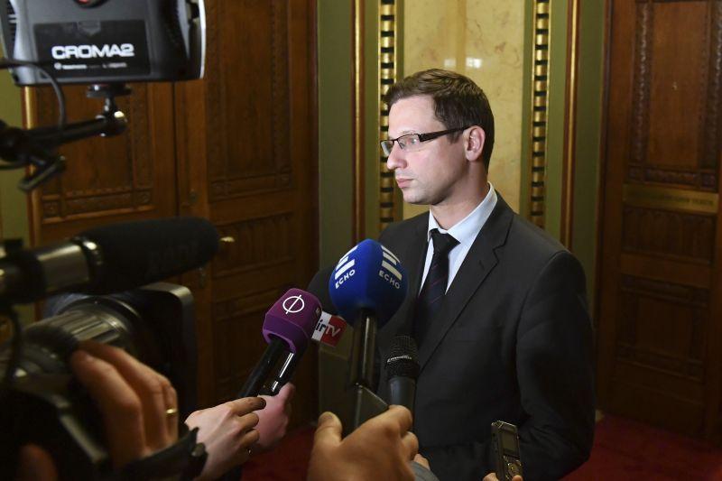 Szerdán még folytatódnak a tárgyalások az új országgyűlésről