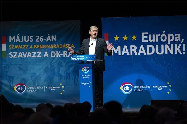Gyurcsány: a DK egységes, kiszámítható és a legeurópaibb párt