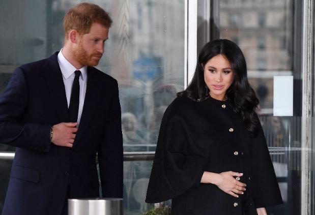 Hihetetlen, Meghan Markle otthon fog szülni, ahogy a királynő