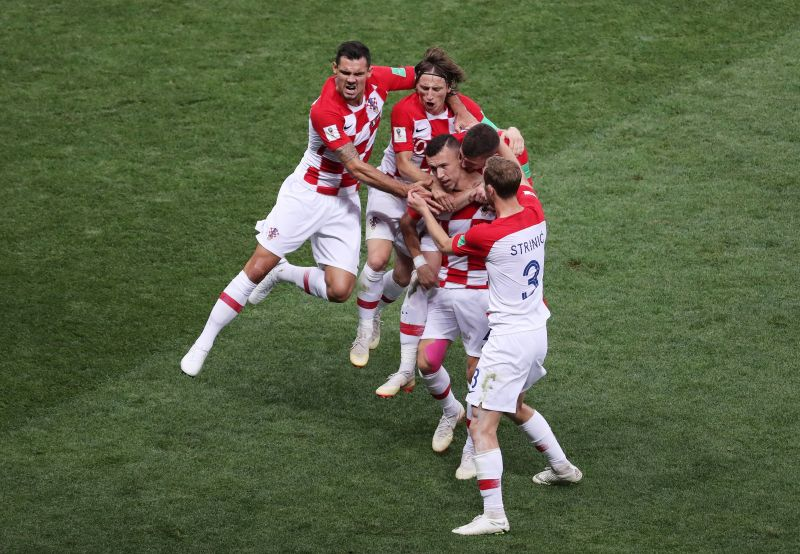 Álhír volt, hogy jótékony célra ajánlotta fel pénzjutalmát a horvát válogatott a foci vébé után, és hogy nem kérnek a politikusok köszöneteiből