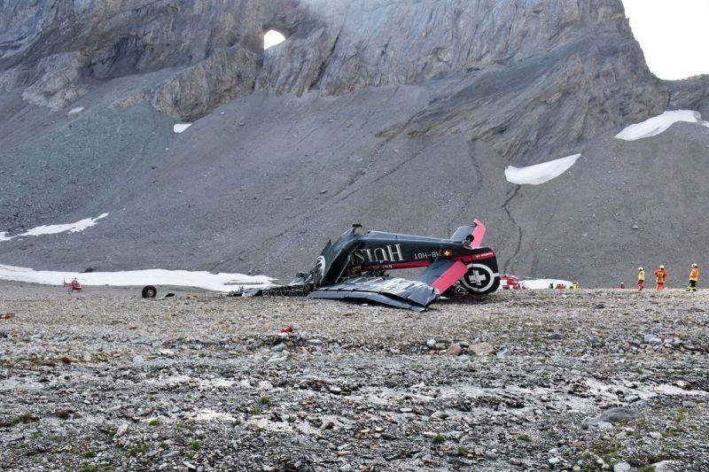 Tragédia – lezuhant egy repülőgép Svájcban, mindenki meghalt, aki a fedélzeten volt – fotó