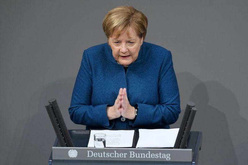 Merkel: az ENSZ tervezett migrációs csomagja megfelel Németország nemzeti érdekének