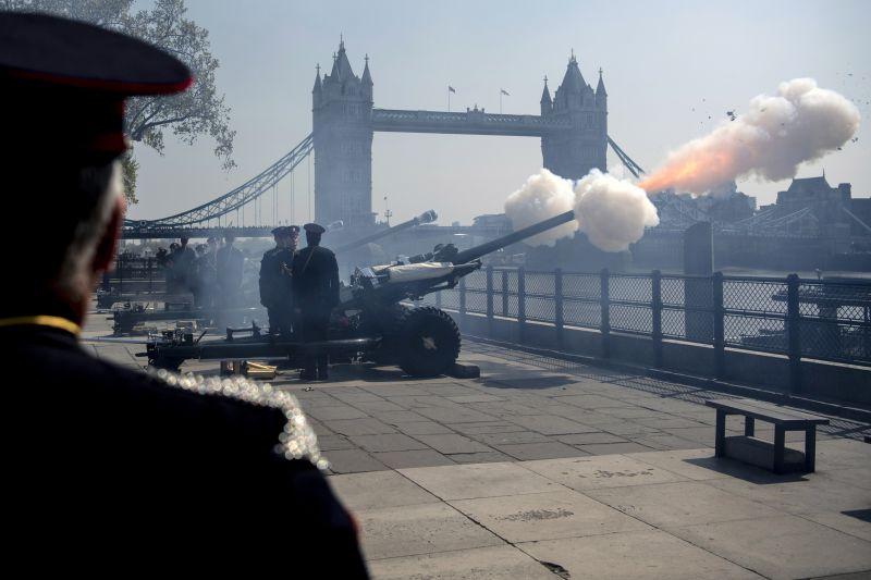 II. Erzsébet nem tarthatja meg beszédét – elhalasztják a parlament megnyitóját a Brexitig