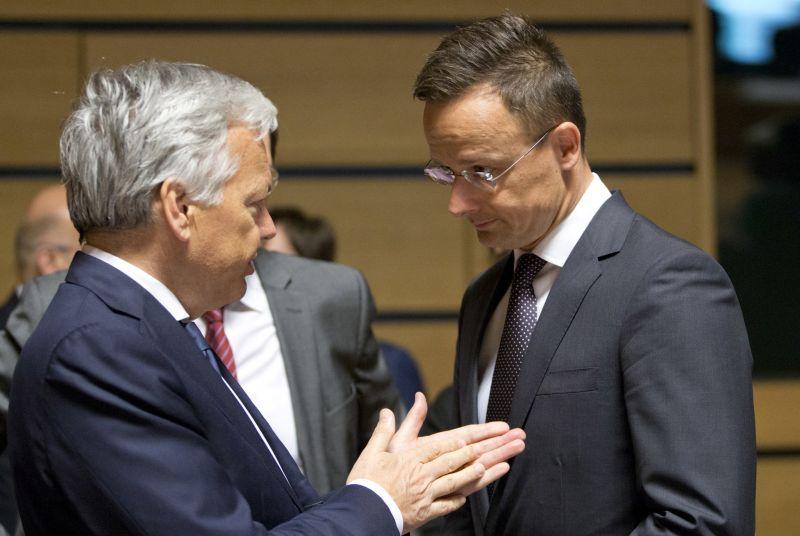 Szijjártó Péter szerint Soros azért tárgyal Brüsszelben, mert meg akarja büntetni a magyar embereket