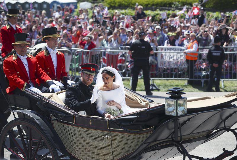 Megható döntést hozott Meghan és Harry herceg az esküvő után
