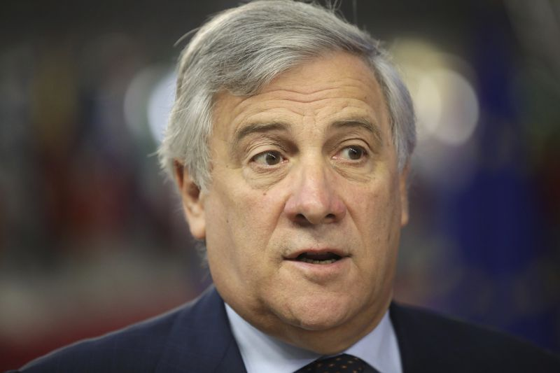 Tajani: sürgősen el kell mozdítani a holtpontról a menekültügyi reformot