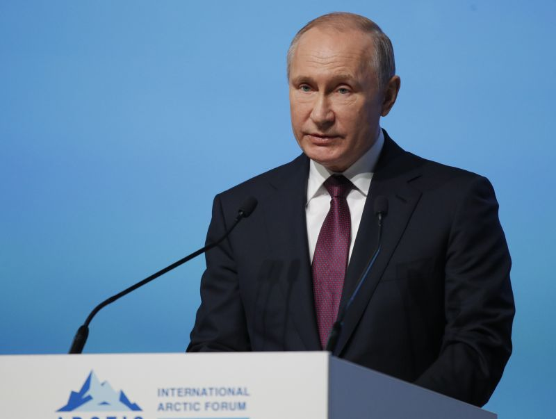 Éleződő feszültség: Moszkva lengyel diplomatát dob ki