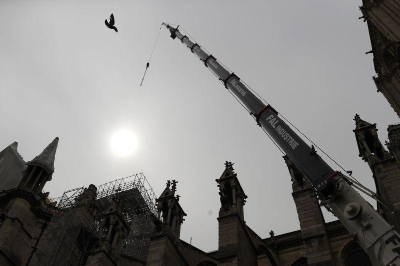 Máris elkezdték a Notre-Dame helyreállítását – ezt csinálják meg először