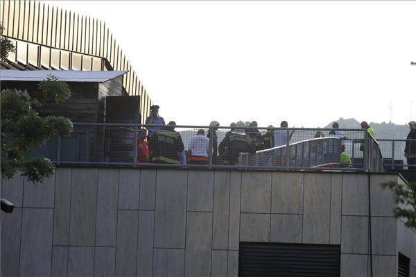 BRFK: gondatlanság okozta a halálos tüzet a MOM Sportközpont tetején, egy 8 éves kislány halt meg
