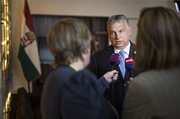 Orbán: a magyar emberek nem akarták Weberéket