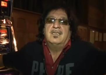 Eltűnt az agydaganata a népszerű magyar zenésznek