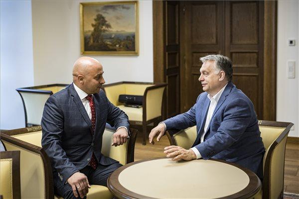 """Orbán Viktor: """"Európa jövője nem játék"""""""