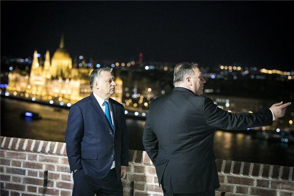 36 milliárd forintból folytatja a kormány a Budai Várnegyed rendbetételét, milliárdokat kap az Orbán irodáját gondozó Várkapitányság