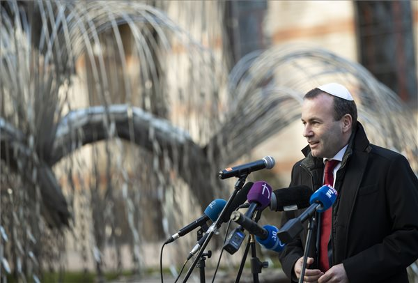 """Weber: """"elfogyott a türelem Orbánnal szemben"""""""