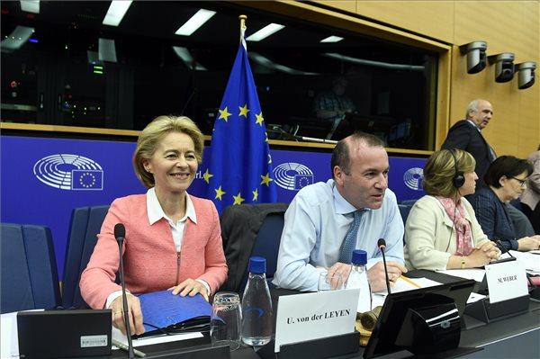 Ezt mondta Weber a kulcsfontosságú szavazás előtt Ursula von der Leyenről