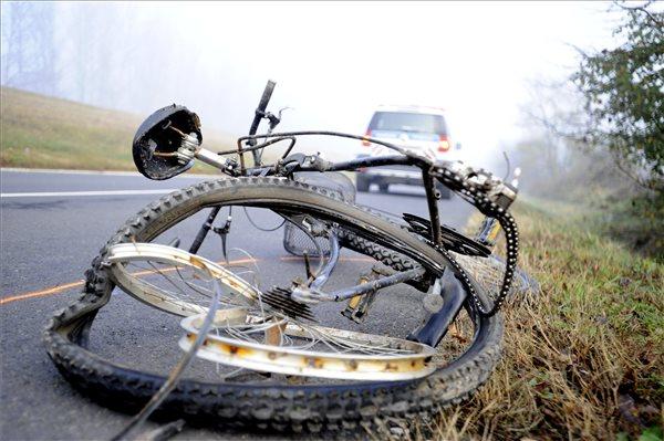 Tragédia – Halálra gázoltak egy biciklist Szigetújfalu külterületén