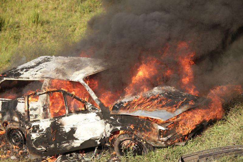 Autók égtek a IV. kerületben