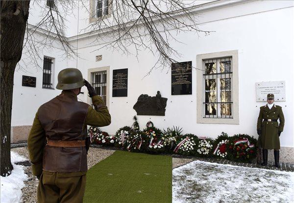 Honvédelmi államtitkár: a doni áttörés a Magyar Honvédség fekete napja