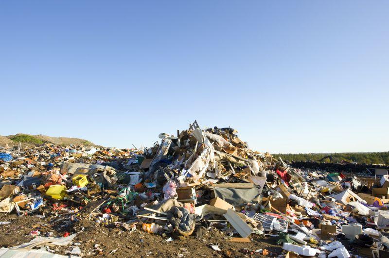 Zavaró szagot, zajokat, vagy illegális hulladéklerakót észlel? Így jelentheti be egyszerűen