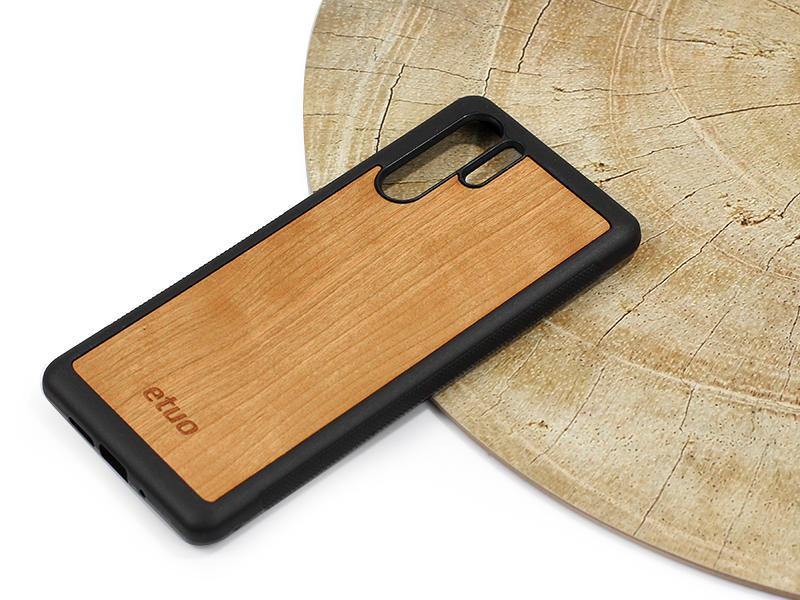 Létezik olyan telefontok, ami a mobilon kívül a Földet is védi?