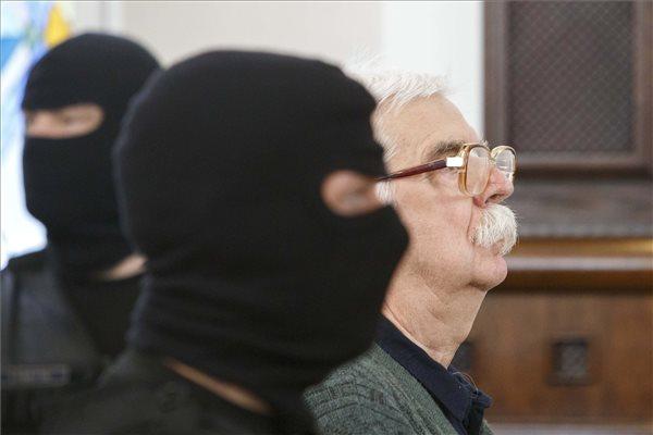 Emberölésben ártatlannak vallja magát a bőnyi rendőrgyilkossággal vádolt Győrkös István