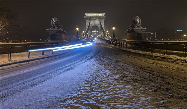 Ma is káosz várható a közlekedésben a havazás miatt