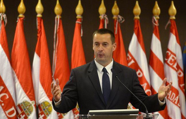 Gyöngyösi Márton és Sneider Tamás irányíthatja a Jobbikot