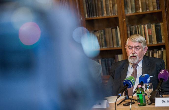 Figyelő: Kásler Miklós főonkológus lehet Balog Zoltán utódja