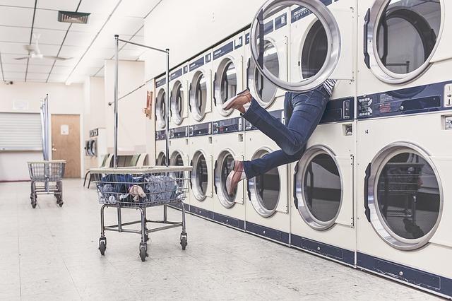 Több mint ezer embert vágott át hamis mosószerekkel egy férfi