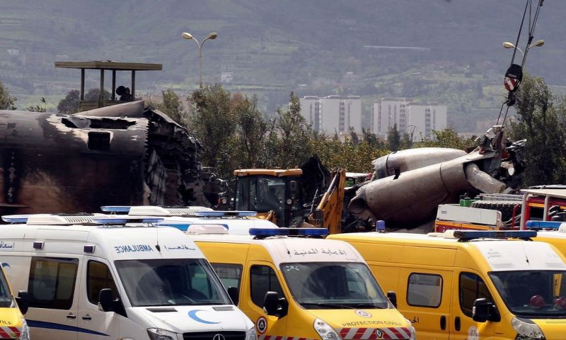 Algériában lezuhant egy katonai repülőgép – több, mint 250 ember meghalt – videó