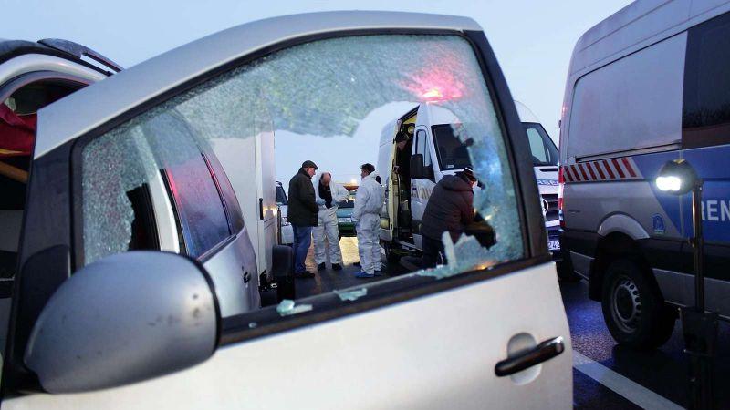 Öt lövéssel végezte ki adósát – vádat emeltek az M5-ös autópályán elkövetett gyilkosság ügyében