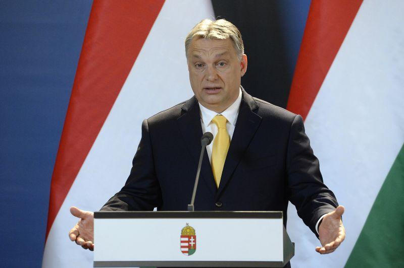 Orbán: minden eszköz rendelkezésre áll az ország megvédéséhez