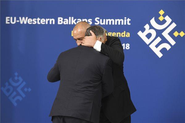 Így köszöntötte Orbánt Bulgária miniszterelnöke Szófiában – fotó