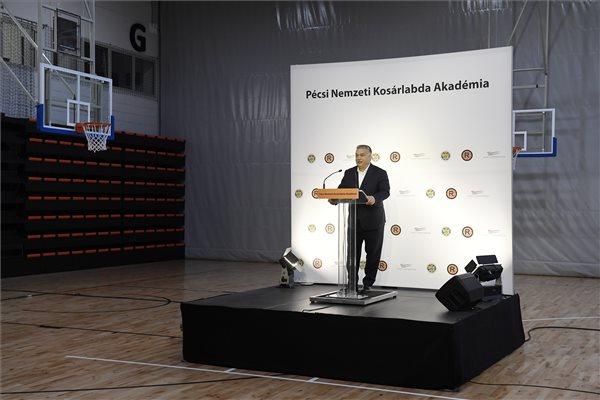 Orbán: vállalni kell a sikereinket!