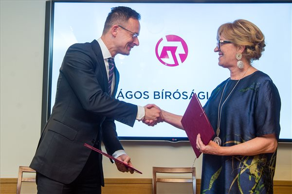 Szijjártó: évről évre rekordot dönt a magyar export
