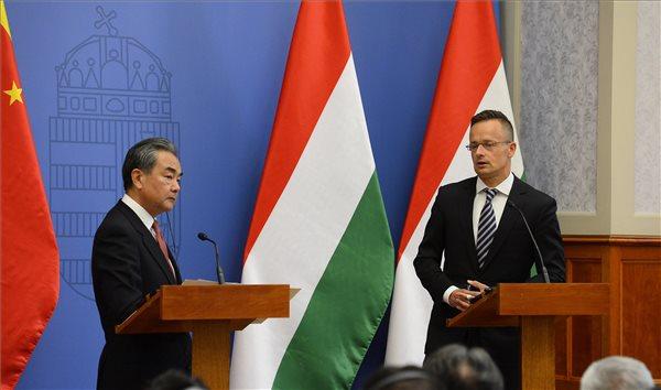 Szijjártó: soha nem voltak olyan jók a magyar-kínai kapcsolatok, mint most
