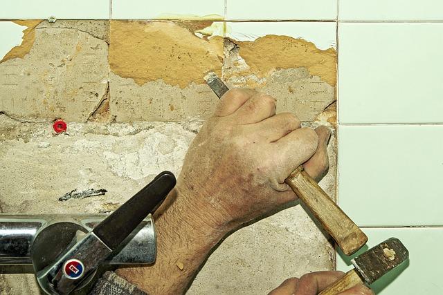 Egy év alatt 30 százalékkal drágult a lakásfelújítás, apró munkákra lehetetlen jó szakembert találni