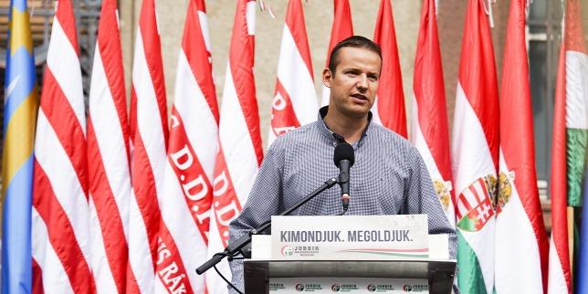 """""""Szombaton zászlót bonthat a Mi Hazánk Mozgalom"""" – Toroczkai szerint akár egy éven belül erősebbé válhatnak, mint a Jobbik"""