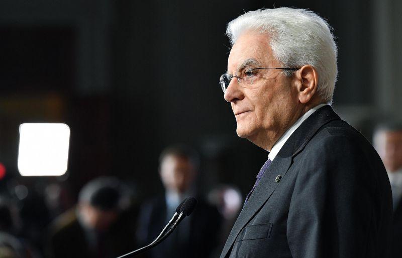 Az Öt Csillag az olasz államfő menesztését követeli
