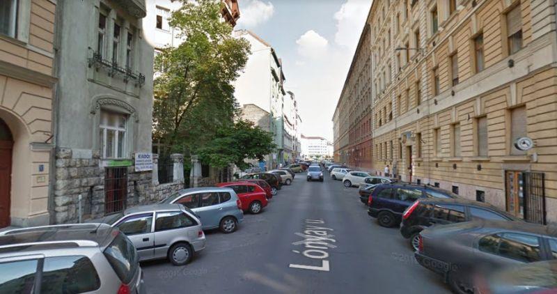 Kiakadtak a Lónyay utca lakói, mert előzetes bejelentés nélkül vitték el az autóikat egy forgatás miatt