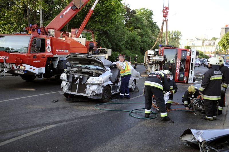 Budaörsi úti halálos baleset: több busz terelve jár a környéken